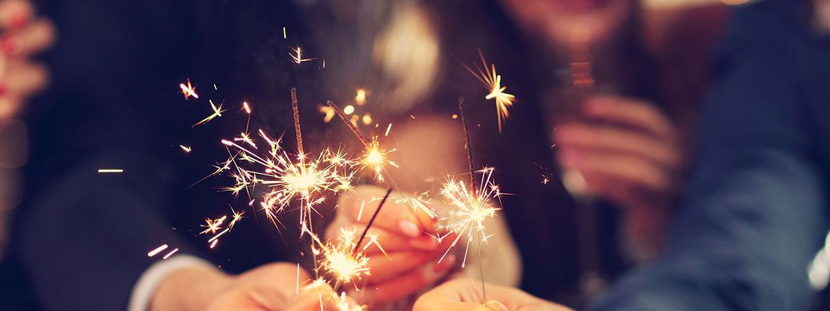 groupe célébrant la nouvelle année