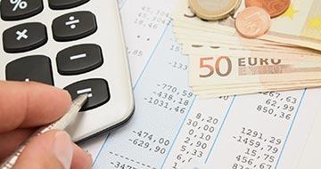 feuille impôt avec calculatrice