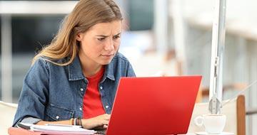 femme ordinateur problemes